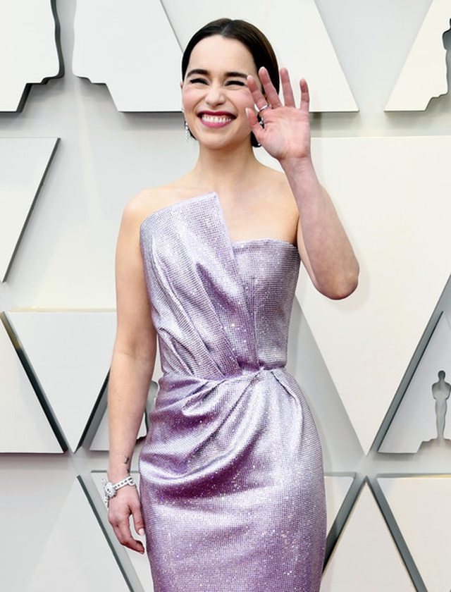 Minh tinh Hollywood khoe váy áo lộng lẫy trên thảm đỏ Oscar 2019 - 10