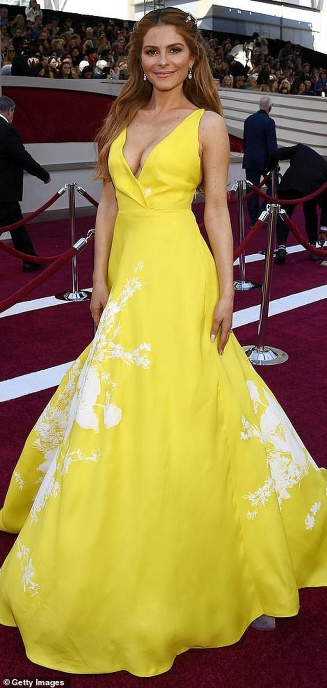 Minh tinh Hollywood khoe váy áo lộng lẫy trên thảm đỏ Oscar 2019 - 37