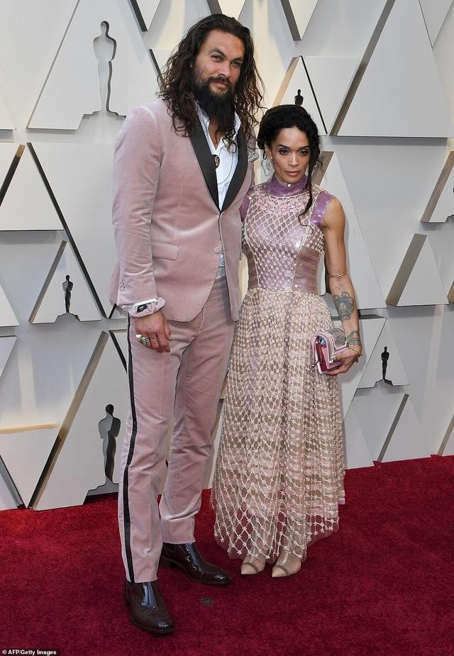 Minh tinh Hollywood khoe váy áo lộng lẫy trên thảm đỏ Oscar 2019 - 53