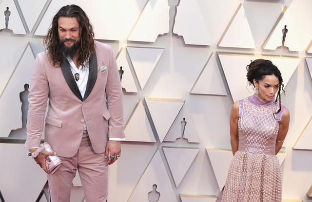 Minh tinh Hollywood khoe váy áo lộng lẫy trên thảm đỏ Oscar 2019 - 52