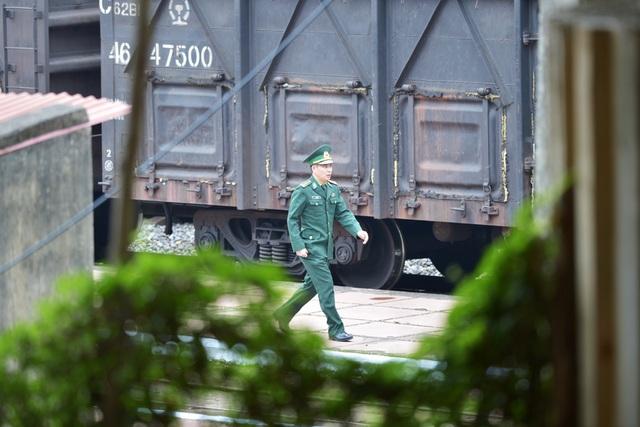 Ga Đồng Đăng thắt chặt an ninh đón tàu chở ông Kim Jong-un - 6
