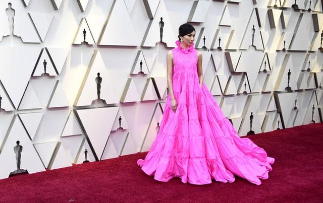 Minh tinh Hollywood khoe váy áo lộng lẫy trên thảm đỏ Oscar 2019 - 64