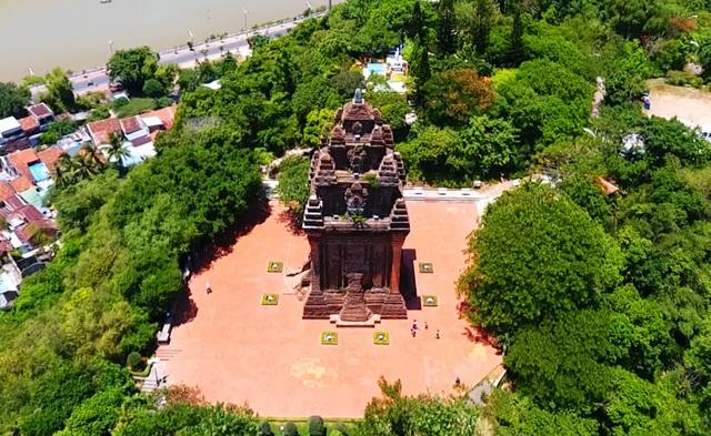 Di tích Quốc gia Tháp Nhạn: Điểm đến không nên bỏ lỡ ở Phú Yên - 6