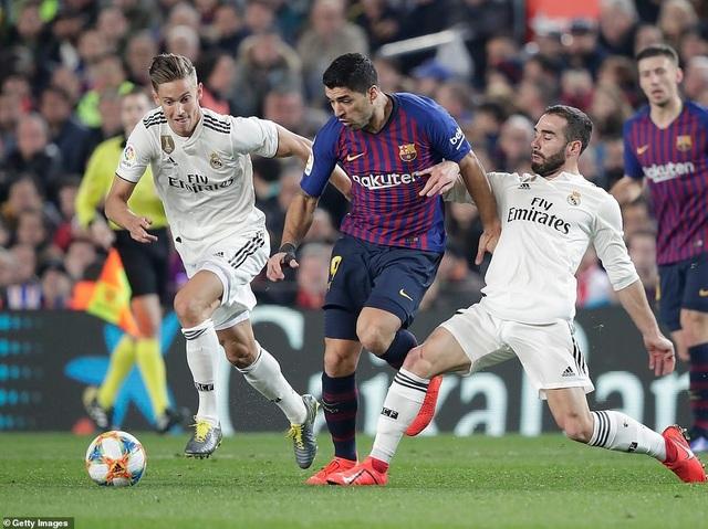 Real Madrid - Barcelona: Cuộc chiến cả mùa giải - 4