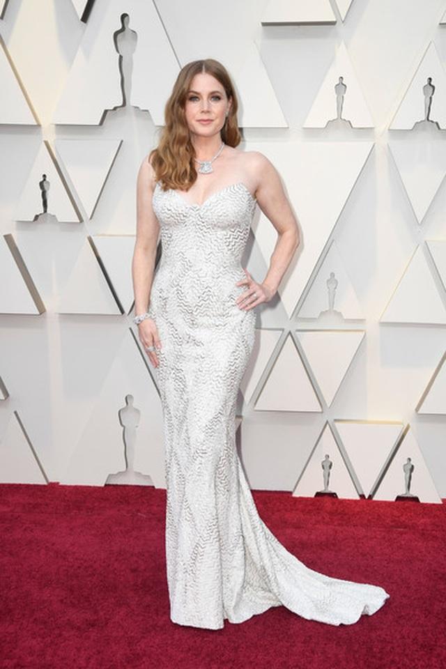 Minh tinh Hollywood khoe váy áo lộng lẫy trên thảm đỏ Oscar 2019 - 18