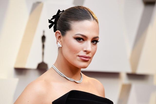 Minh tinh Hollywood khoe váy áo lộng lẫy trên thảm đỏ Oscar 2019 - 27