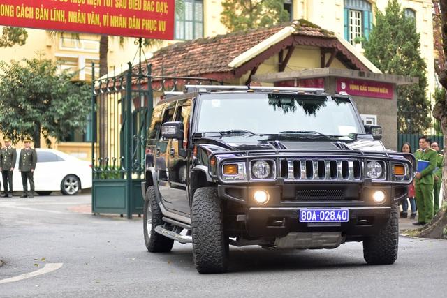 Dàn xe đặc chủng bảo vệ thượng đỉnh Mỹ - Triều diễu hành trên đường Hà Nội - 10