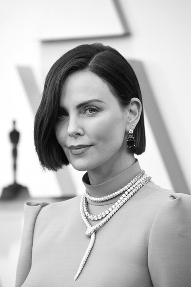 Minh tinh Hollywood khoe váy áo lộng lẫy trên thảm đỏ Oscar 2019 - 48