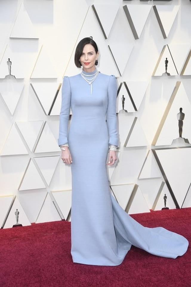 Minh tinh Hollywood khoe váy áo lộng lẫy trên thảm đỏ Oscar 2019 - 50