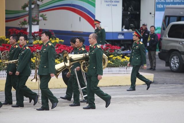 Bộ trưởng kiểm tra công tác chuẩn bị đón Chủ tịch Triều Tiên tại Lạng Sơn - 7