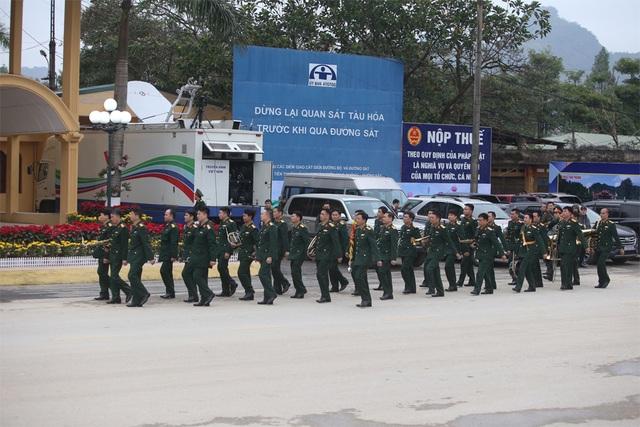 Bộ trưởng kiểm tra công tác chuẩn bị đón Chủ tịch Triều Tiên tại Lạng Sơn - 6