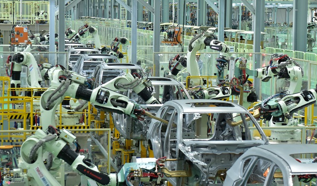 Đón thời 4 bánh giá rẻ, ô tô Việt dưới 300 triệu đồng ra hàng cả loạt - 2
