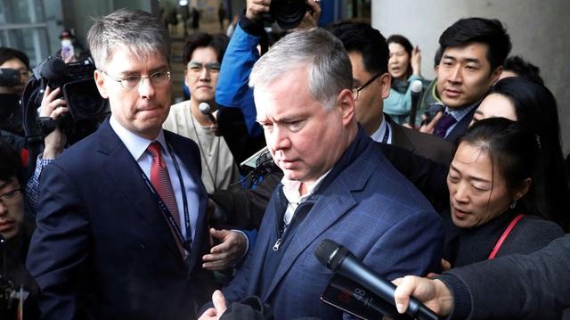 """Phái đoàn Mỹ - Triều tại Hà Nội """"chạy đua"""" đàm phán tới phút chót - 1"""