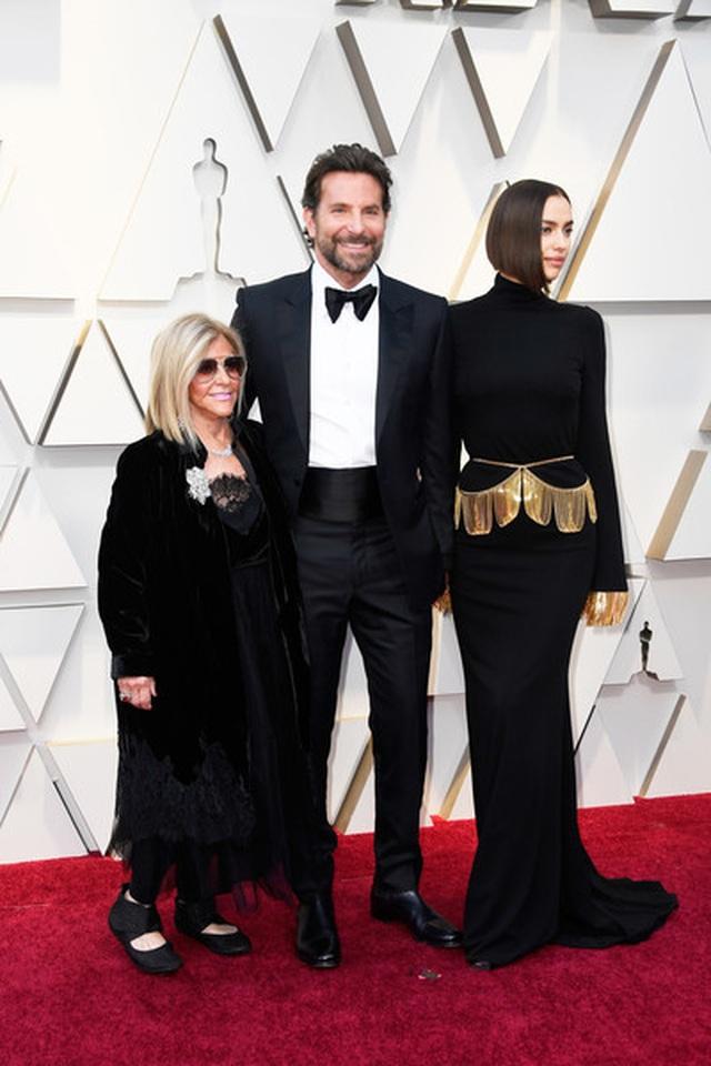 Minh tinh Hollywood khoe váy áo lộng lẫy trên thảm đỏ Oscar 2019 - 67