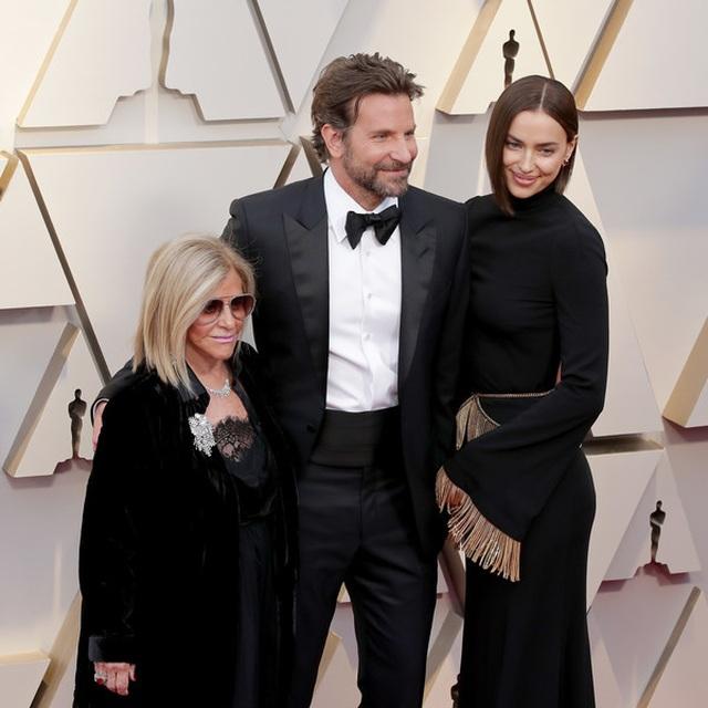 Minh tinh Hollywood khoe váy áo lộng lẫy trên thảm đỏ Oscar 2019 - 66