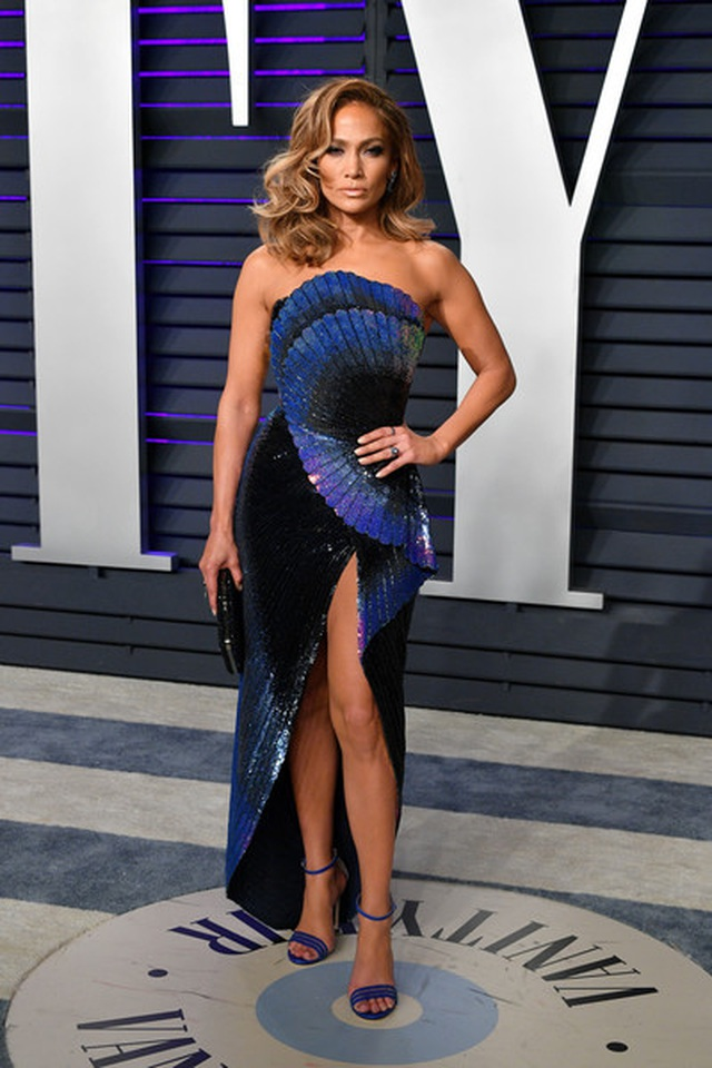 Jennifer+Lopez+2019+Vanity+Fair+Oscar+Party+9E2AyCUdXD8l.jpg