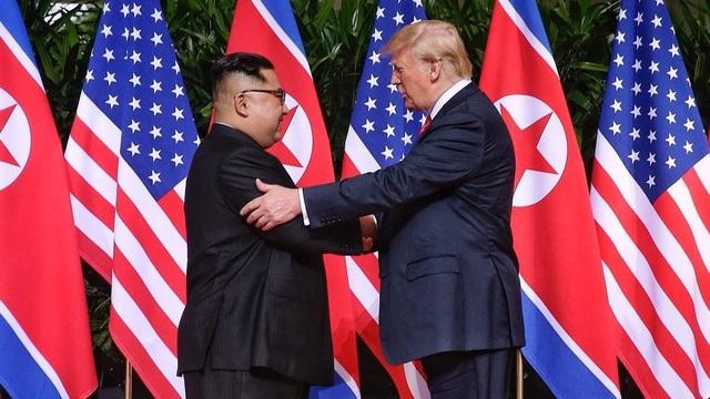 Những hoạt động ngoại giao đầu tiên của ông Kim Jong-un chinh phục thế giới - 3