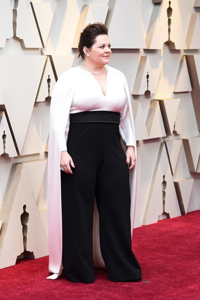 Minh tinh Hollywood khoe váy áo lộng lẫy trên thảm đỏ Oscar 2019 - 24
