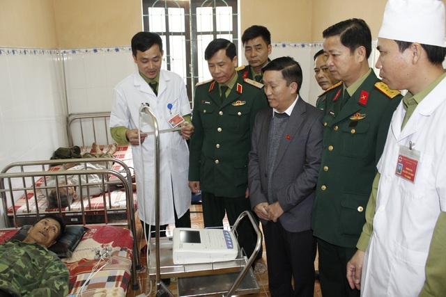 Người bác sĩ tận tụy với người dân hai bên biên giới Việt - Lào - 1