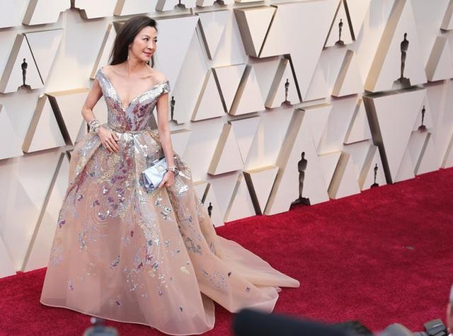 Minh tinh Hollywood khoe váy áo lộng lẫy trên thảm đỏ Oscar 2019 - 8