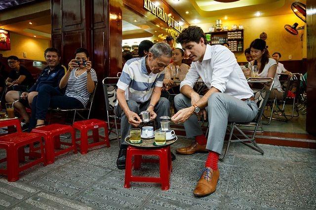 """Những lãnh đạo nước ngoài """"mê mẩn"""" ẩm thực bình dân Việt Nam - 9"""