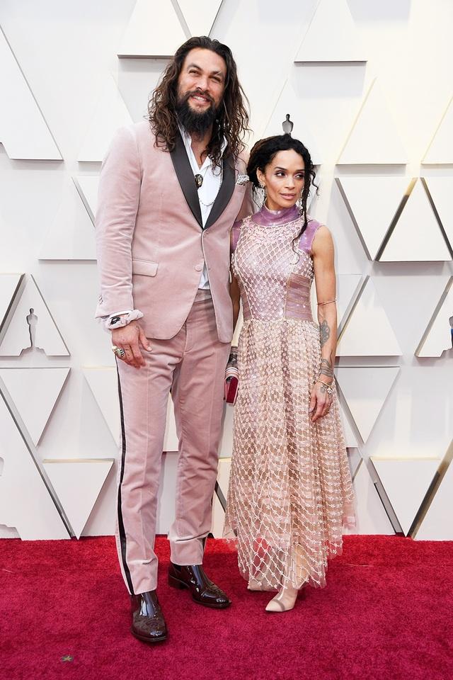 """Nhiều ngôi sao tưởng nhớ """"ông hoàng thời trang"""" Karl Lagerfeld tại Oscar 2019 - 3"""