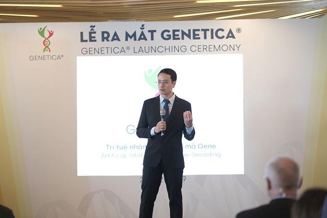 Ong Cao Anh Tuan gioi thieu ve cong nghe Genetica.JPG