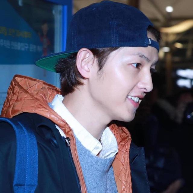 Song Joong Ki lần đầu xuất hiện sau tin đồn ly hôn - 4