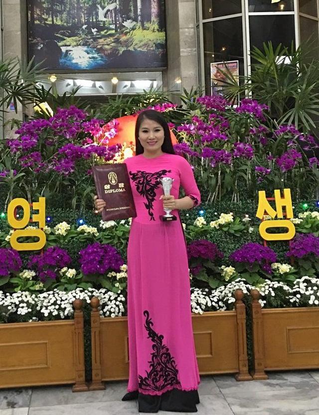 Ca sĩ Trần Trang đạt giải Bạc.