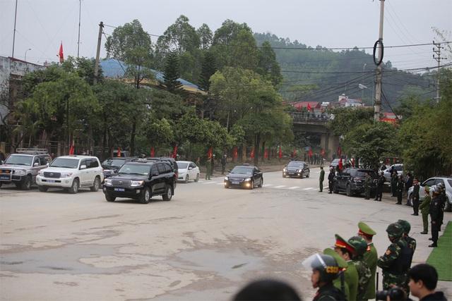 Bộ trưởng kiểm tra công tác chuẩn bị đón Chủ tịch Triều Tiên tại Lạng Sơn - 1