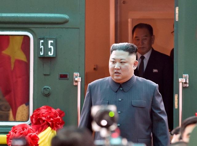 Báo Hàn Quốc: Ông Kim Jong-un sẽ rời Việt Nam bằng đoàn tàu bọc thép - 1
