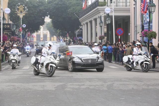Chủ tịch Triều Tiên tới Hà Nội, dừng chân tại khách sạn Melia - 1