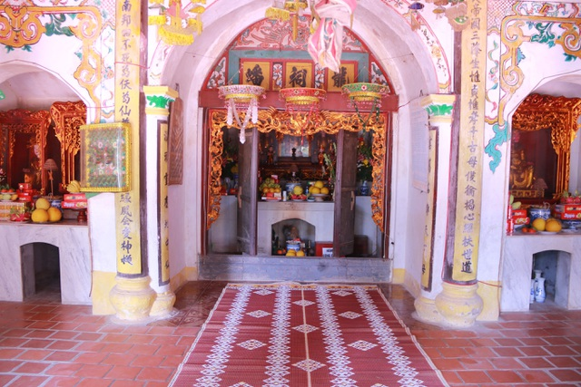 """Ngôi chùa cổ hơn 1000 năm tuổi bên trong có """"rồng phát sáng"""" - 10"""