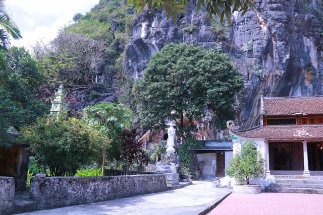 """Ngôi chùa cổ hơn 1000 năm tuổi bên trong có """"rồng phát sáng"""" - 12"""