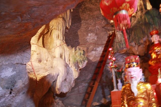 """Ngôi chùa cổ hơn 1000 năm tuổi bên trong có """"rồng phát sáng"""" - 6"""