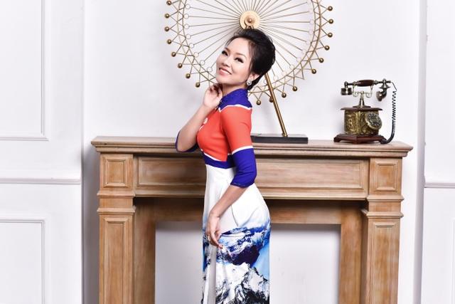 NTK Đỗ Trịnh Hoài Nam và ca sĩ Thái Thuỳ Linh ăn ý trong BST áo dài đặc biệt - 3