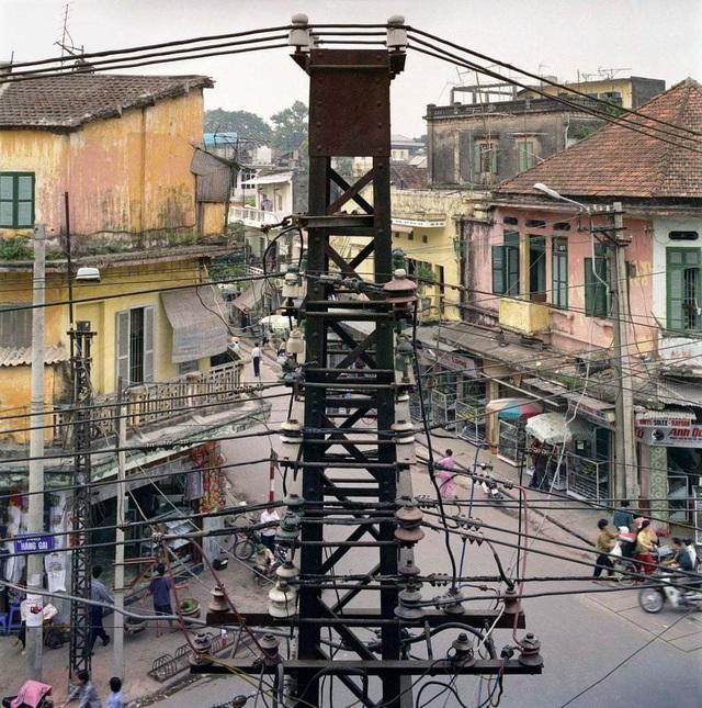 Hà Nội 36 phố phường - Hình ảnh cách đây 30 năm của thủ đô xuất hiện trên báo Anh - 7