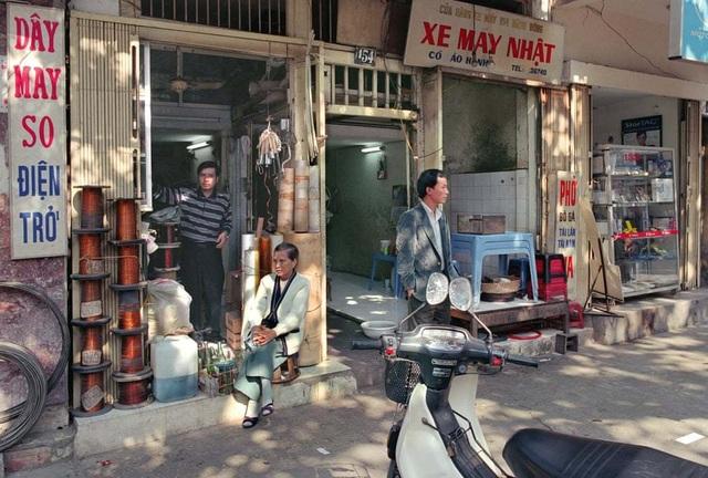 Hà Nội 36 phố phường - Hình ảnh cách đây 30 năm của thủ đô xuất hiện trên báo Anh - 11