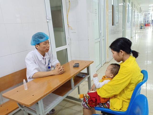 Nghị lực phi thường của bác sĩ trẻ - 2