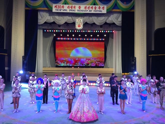 Ấn tượng của đoàn nghệ thuật Việt Nam về một Triều Tiên văn minh, hiện đại - 8