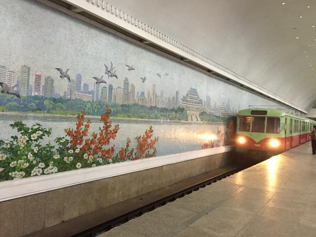 Ấn tượng của đoàn nghệ thuật Việt Nam về một Triều Tiên văn minh, hiện đại - 9