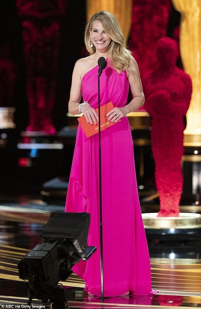 Ngưỡng mộ nhan sắc sao U60 Julia Roberts - 1