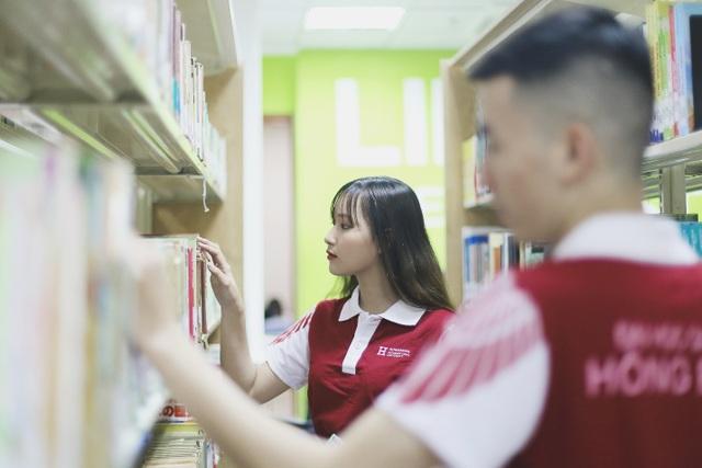 """Khám phá ngôi trường đại học """"đẹp xiêu lòng"""" nằm giữa lòng Sài Gòn - 9"""