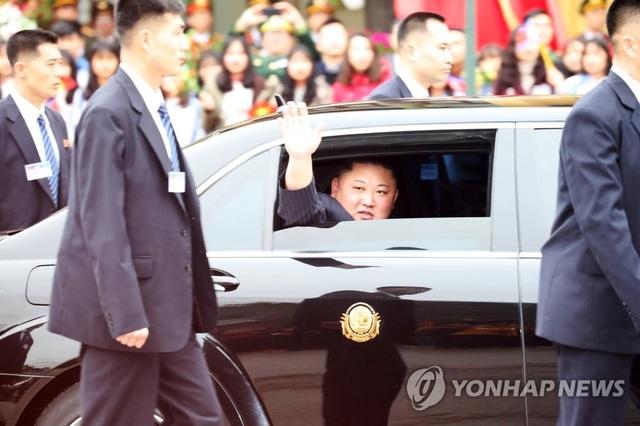 Điều ít biết về tài xế từng lái siêu xe chở ông Kim Jong-un tại thượng đỉnh với ông Trump - 6