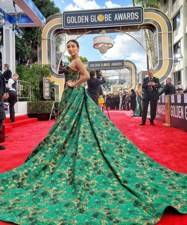 Nhan sắc nữ MC gốc Việt dẫn hậu trường Oscar 2019 cho bản tin nổi tiếng của Mỹ - 3