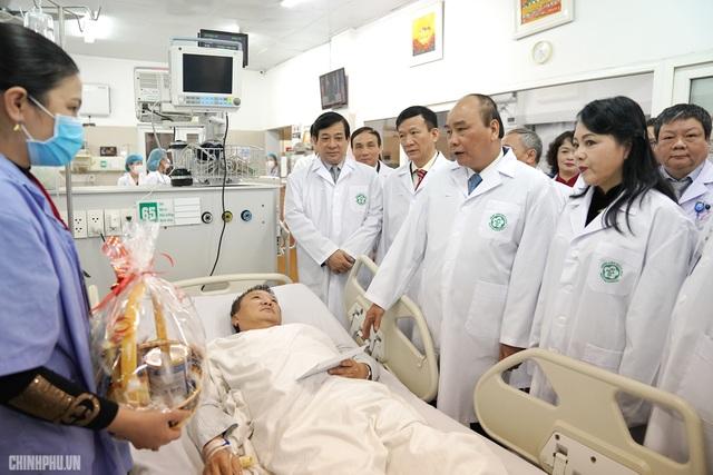 Thủ tướng: Cần có giải pháp phù hợp để bảo đảm an ninh an toàn bệnh viện - 2