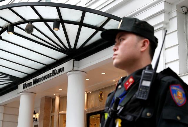 An ninh siết chặt trước giờ đón lãnh đạo Mỹ - Triều tới Việt Nam - 6