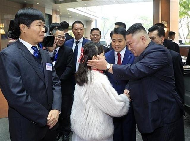vna_potal_thuong_dinh_my-trieu_2019_chu_tich_ubnd_tp_ha_noi_don_chu_tich_trieu_tien_kim_jong-un_3736086.jpg