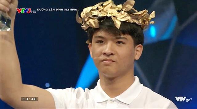 Hot boy Rubik san bằng kỷ lục Olympia: Thích văn học, cao 1m74, đẹp trai nhưng ghét chụp ảnh - 2