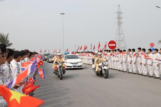 Đoàn Triều Tiên thăm tổ hợp sản xuất ô tô, nông nghiệp công nghệ cao tại Hải Phòng - 3